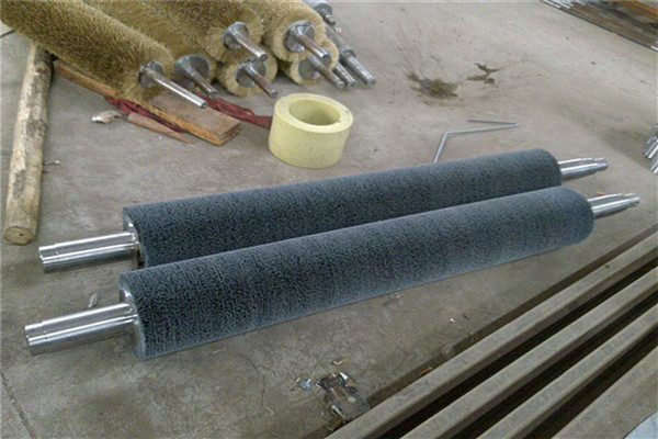 石家庄螺旋缠绕辊刷生产