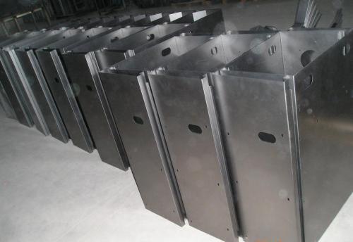 影响金属激光切割机加工质量的因素有哪些