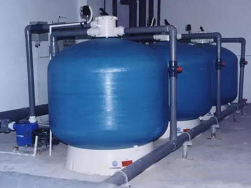 泳池设备的水为循环系统应用的吗?