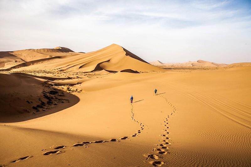 夏季去沙漠玩,我们应该这样做