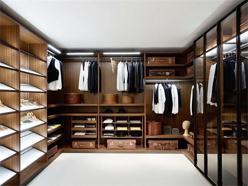 铝木柜衣帽间