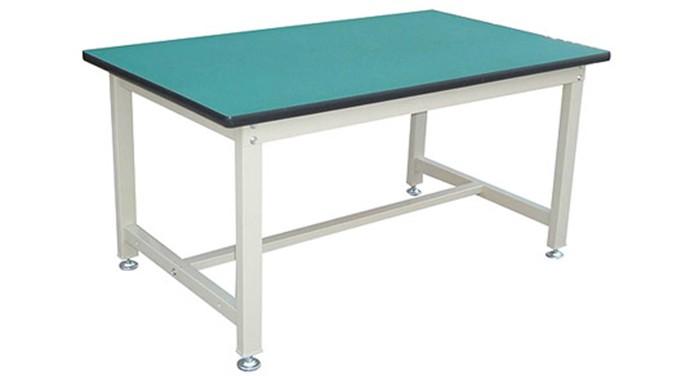 宽敞式钢质家具