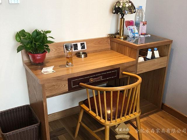 寫字桌+寫字椅