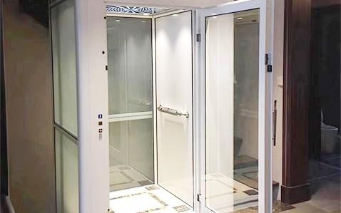 手动门家用电梯