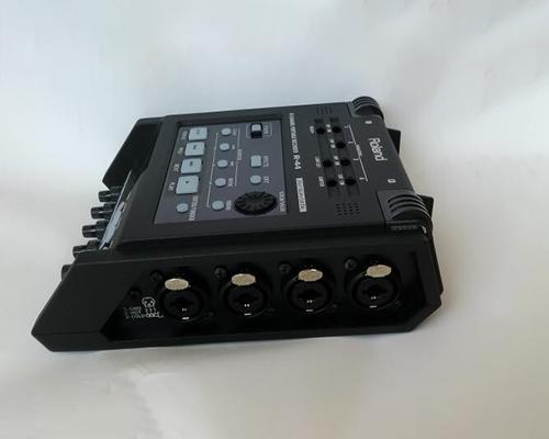 R44 ROLAND 高精度四轨话筒录音机