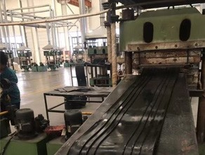 轨道橡胶产品生产设备
