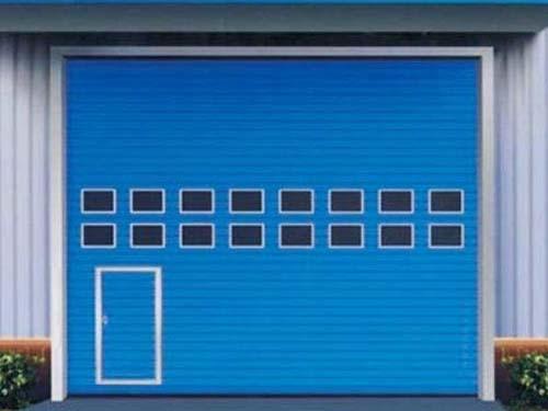 工业厂房车间为何要安装快速卷帘门?