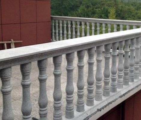 水泥栏杆厂家告诉你栏杆的分类