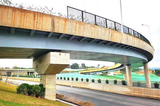 建兴路立交桥H匝道钢箱梁项目