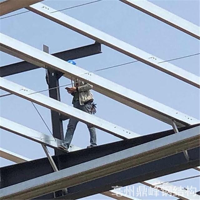 普及一下钢结构雨棚产生漏雨的原因是什么