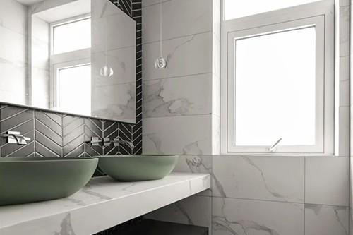现代简约风浴室柜