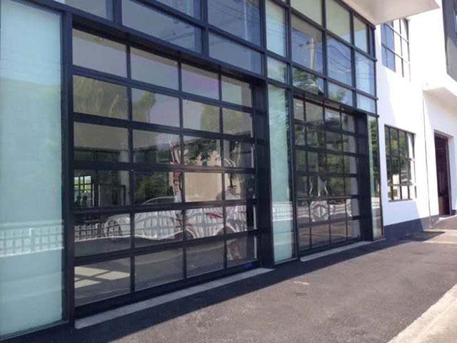 玻璃车库门