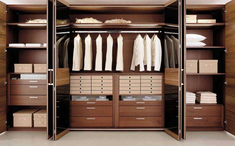 定制衣柜哪儿好,要注意什么