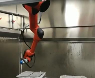 1506A机器人喷涂视频