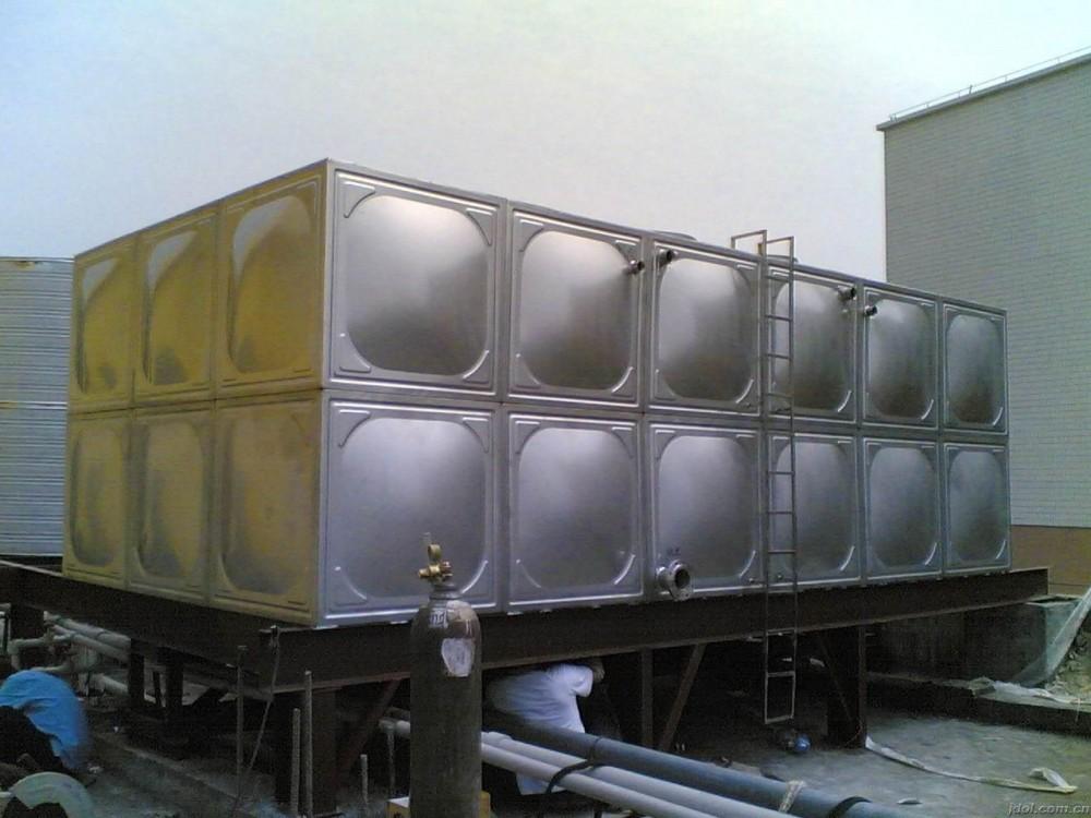 不锈钢水箱也需要定期清洗的