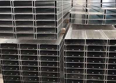 镀锌C型钢使用注意事项