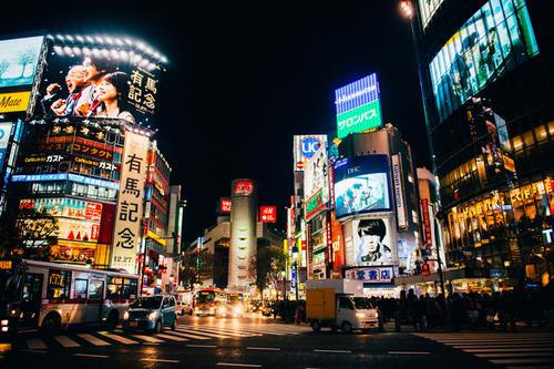到了日本手机变板砖?日本留学必备的APP
