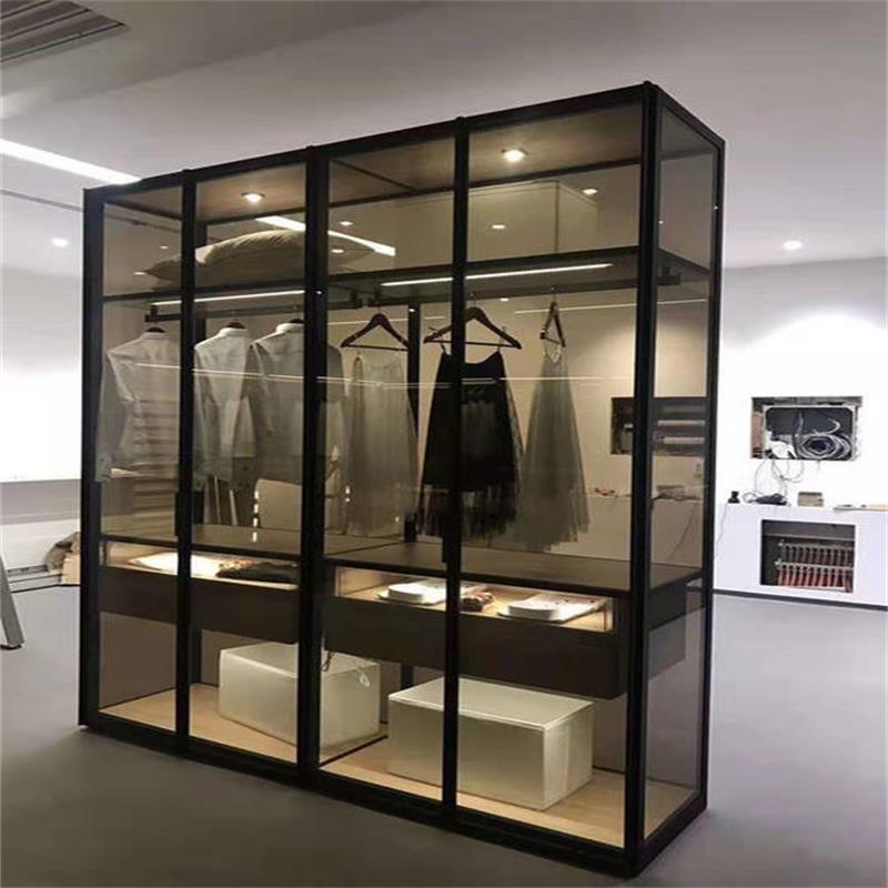 极简玻璃柜