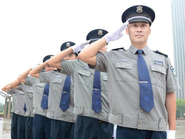 巡逻过程中,成都保安需要注意哪些问题?