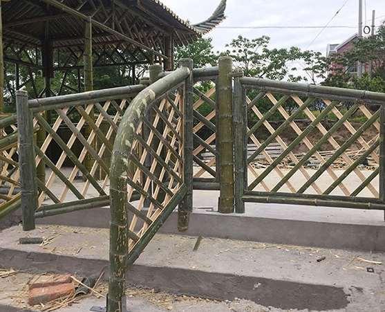 维护好竹篱笆是有讲究的