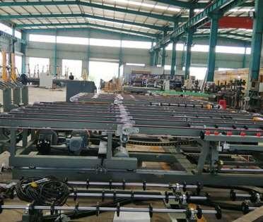 扬州玻璃裁片机的性能和作用