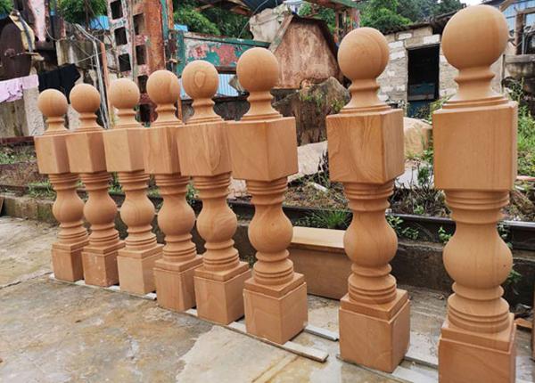 黄砂岩栏杆柱案例