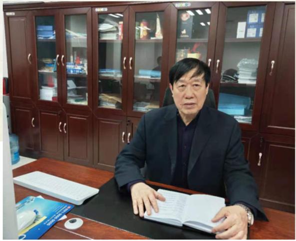 中美能源股份有限公司总经理    赵庆和