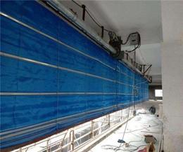 专业挡烟垂壁安装人员是如何安装挡烟垂壁的