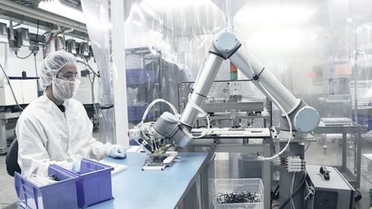 优傲机器人有哪些用处?看看你就知道