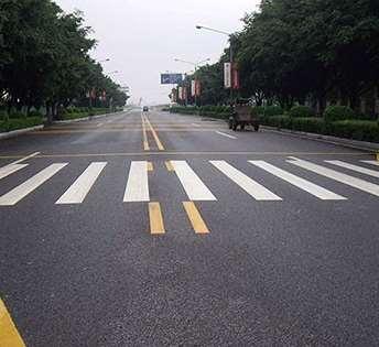 道路标线施划的注意事项