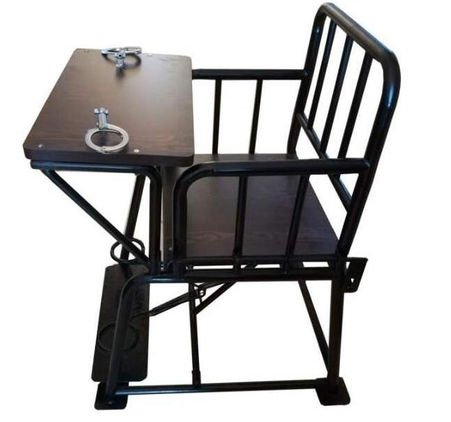 讯问椅是执法机关所用的一种设备