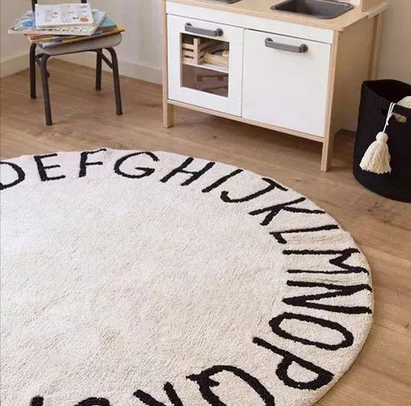 秋冬季增加暖气的家居必备品——地毯