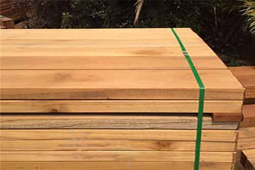 防腐木厂家介绍了解防腐木性能
