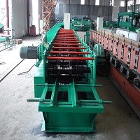 Z型钢成型设备