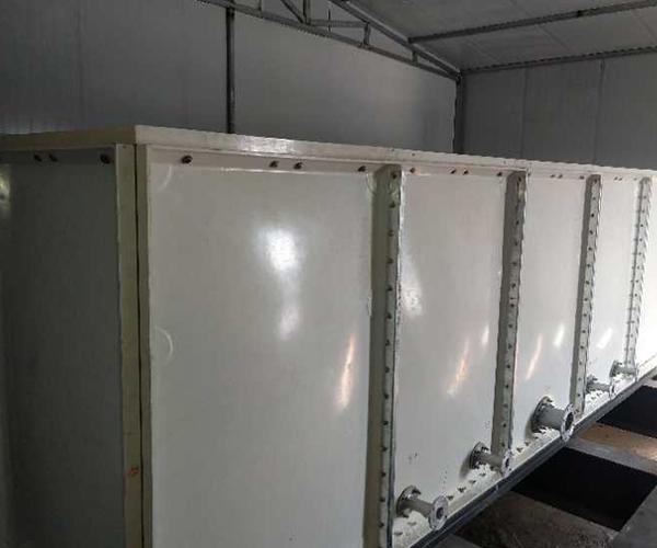 不锈钢水箱焊接区域内的气体主要是什么?