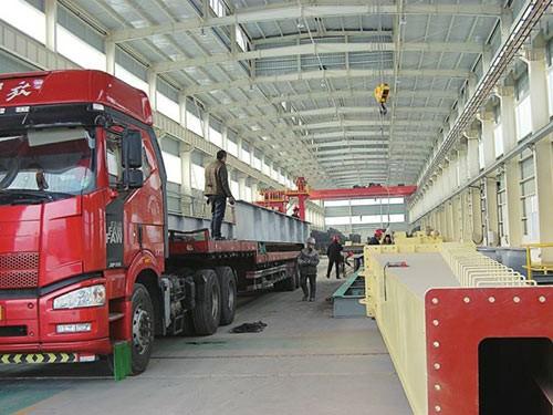 工厂设备运输