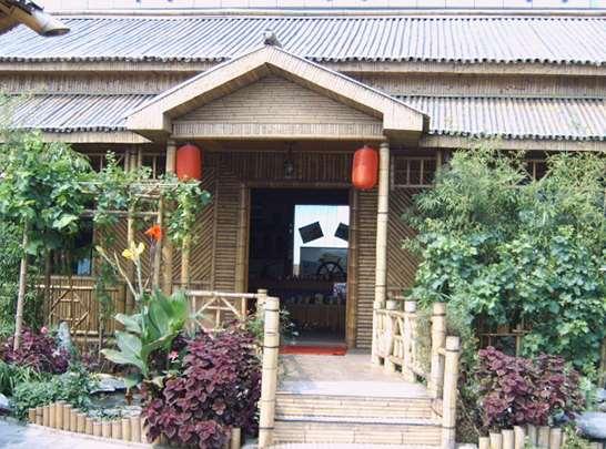 这样的竹房子适合居住适合居住