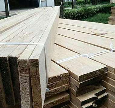 密实杉木板的生产工艺简介