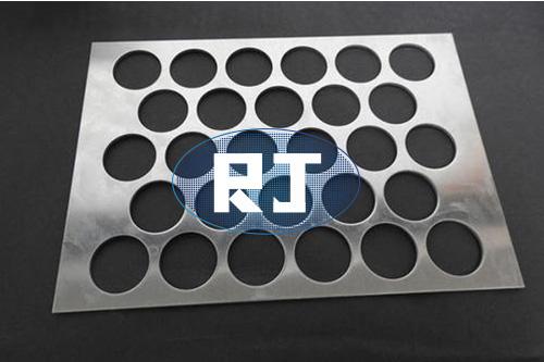 冲孔板在加工中断针的原因分析有哪些?