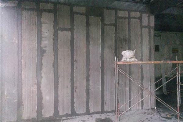 聚苯颗粒轻质复合隔墙板相比其它墙材的性能与优势