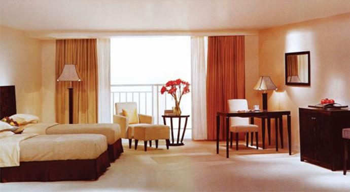 酒店温馨风桌椅家具