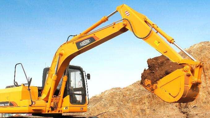 山东挖掘机培训学校教你如何学好挖掘机操作