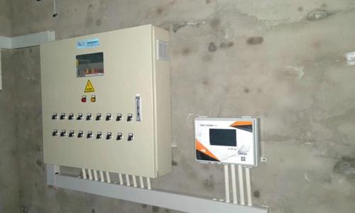 养殖配电箱及环控器案例