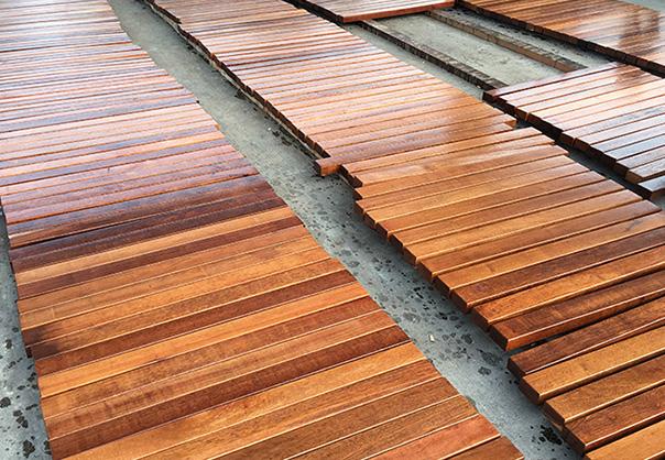 防腐木厂家浅谈炭化木是什么?有什么原理优势?