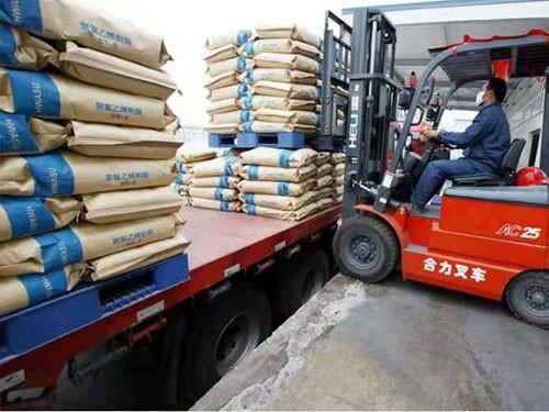 袋装化工运输