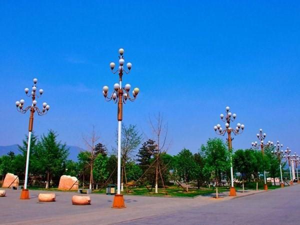 中华灯厂家解释大功率LED路灯不可以长期工作的关键原因