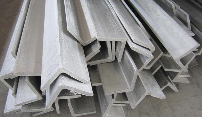 西安不锈钢角钢应该怎么保养?