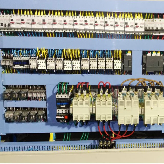 節能型換熱機組電控設備使用須知