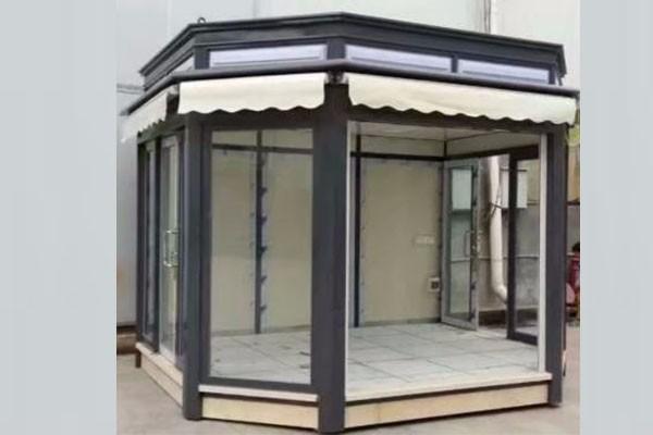 藝術玻璃崗亭