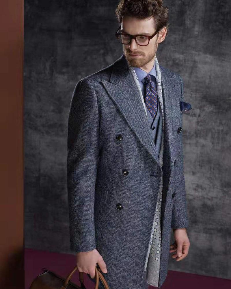 蓝色人字纹切斯菲尔德大衣
